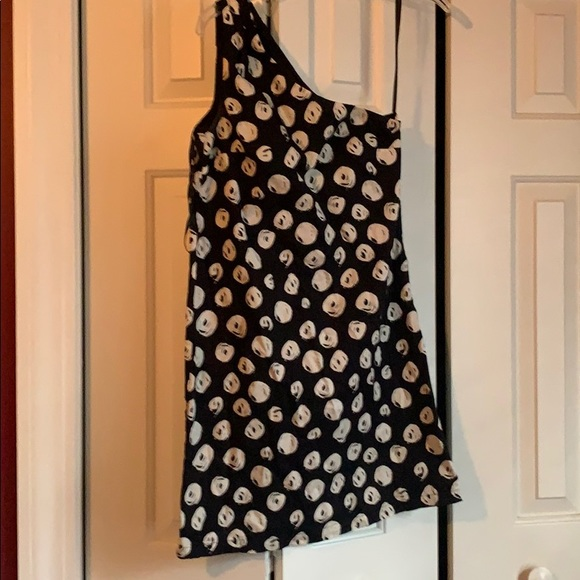 French Connection Dresses & Skirts - Super cute one shoulder dress